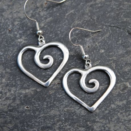 Spiral heart earrings E23